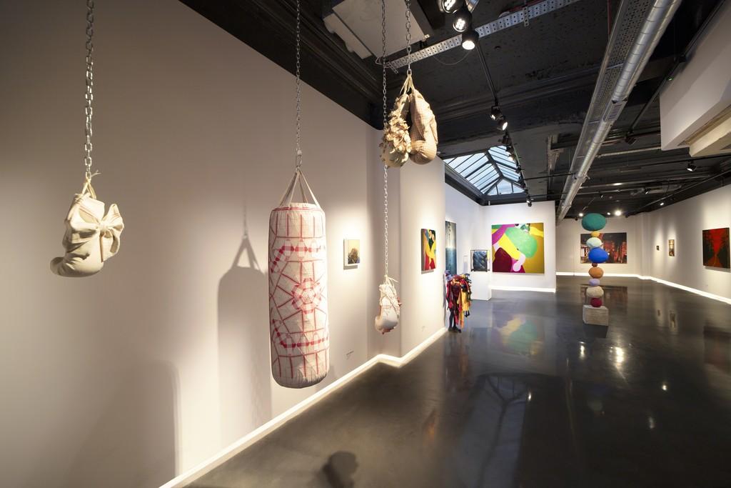 """گزارش تصویری نمایشگاه """"زنان قرن بیست و یکم"""""""