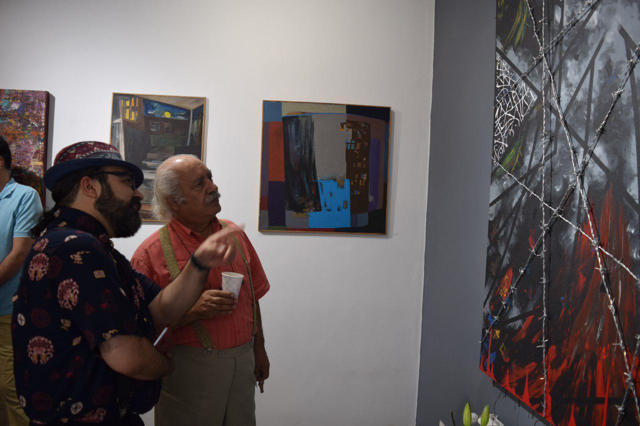 """گزارش تصویری نمایشگاه """"شهر خسته است"""" در گالری پل"""