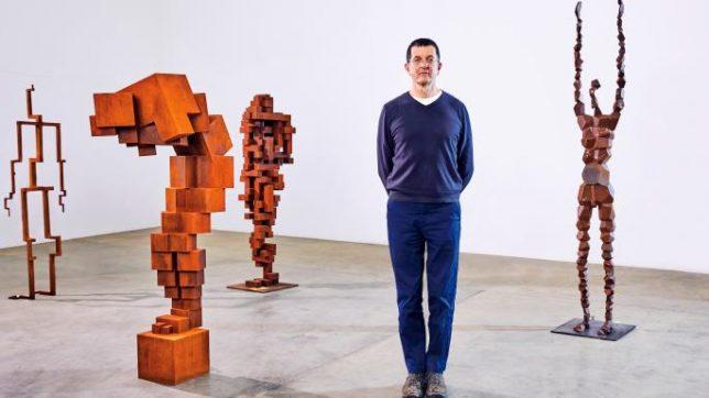 نگاهی بر آثار آنتونی گورملی